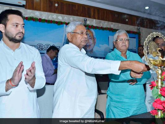 'I Made Him Chief Minister,' Lalu Yadav Pointedly Reminds Nitish Kumar