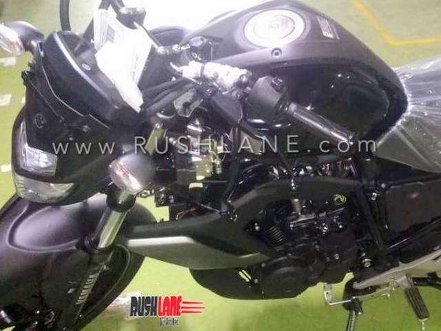 2019 Yamaha FZ S ABS spied at dealer – New black colour variant