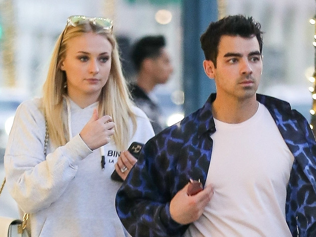 Joe Jonas Says Goodbye to Sophie Turner Ahead of Grammys Weekend