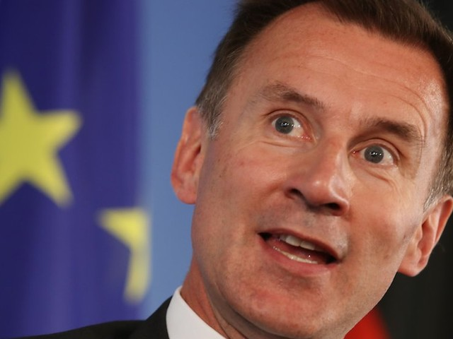 Jeremy Hunt says the UK may need to delay Brexit