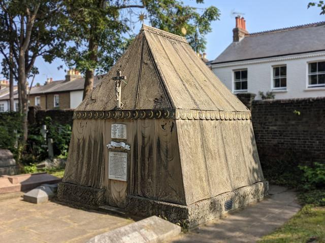 """Sir Richard Burton's curious """"tent tomb"""""""