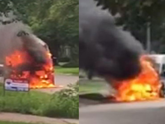 Mail truck catches fire in southwest Houston neighborhood