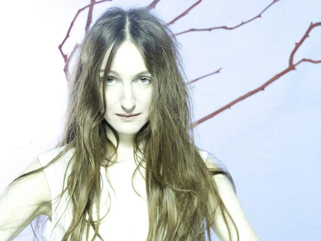 Track by Track: Johanna Glaza – Wind Sculptures