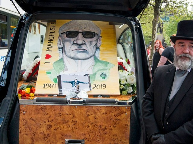 'A legend has been taken': Family, friends and Piccadilly Rats members pay tribute at funeral of Ray Boddington