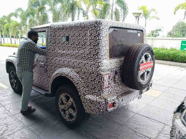 2020 Mahindra Thar test driver shares video while driving