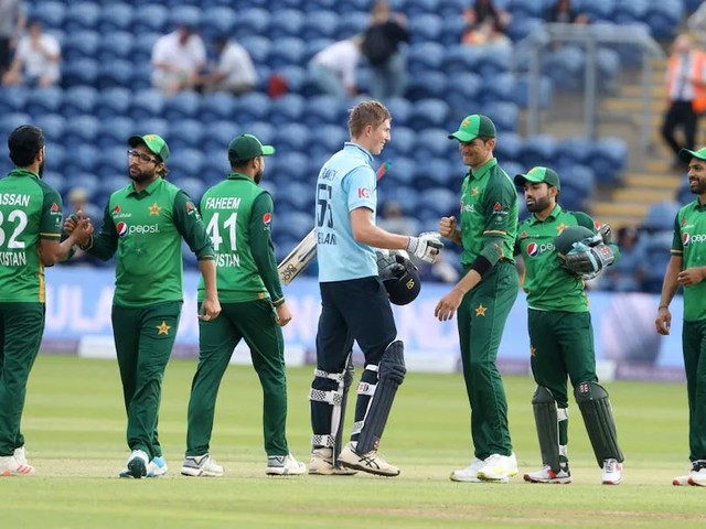 Pakistan Cricketers, Fans Berate England After Tour Withdrawal