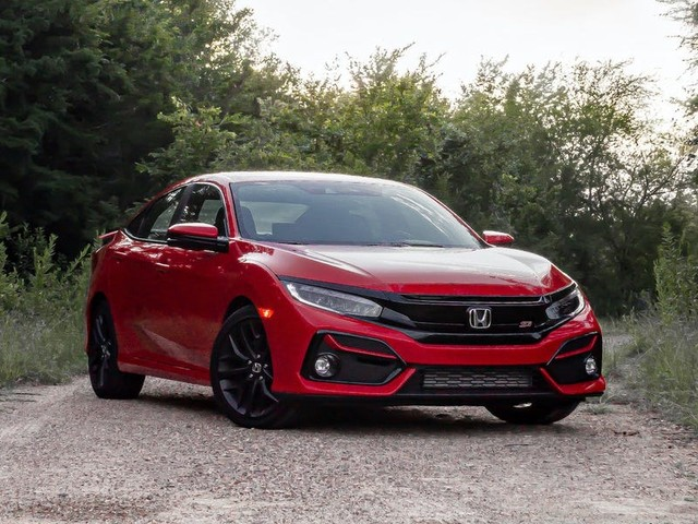 REVIEW: The $25,000 Honda Civic Si is the perfect compromise for drivers who want a sports car but need a practical one
