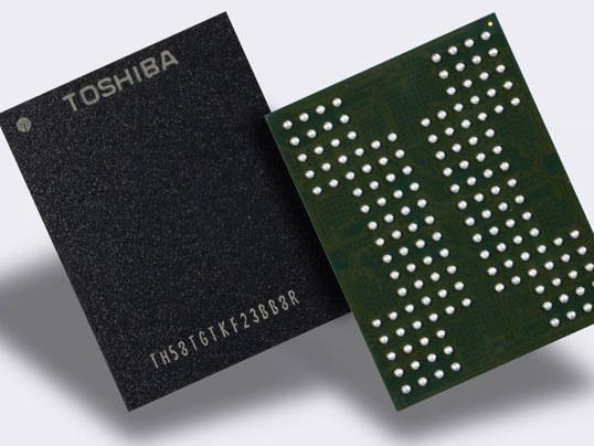 Toshiba announces 4-bit-per-cell QLC 3D BiCS flash memory