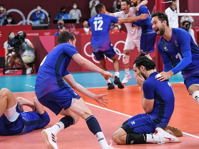 France Does Oh-So-French Thing To Celebrate Volleyball Gold At Olympics