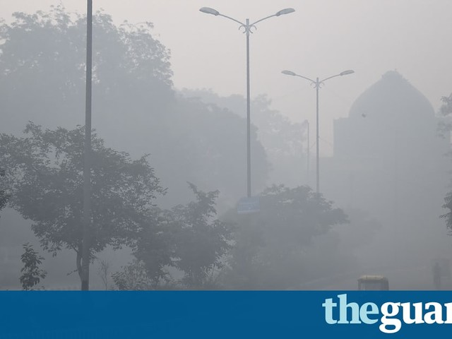 Delhi covered in toxic haze after night of Diwali fireworks