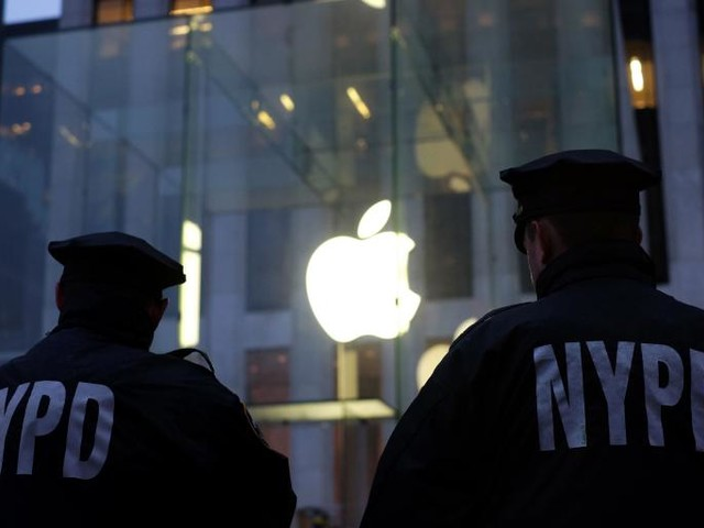 The Next iOS Update Has a Feature to Prevent Cops From Searching Your iPhone