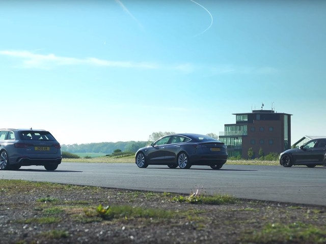 Video: BMW M3 vs Model 3 and Audi RS4 Drag Race and Brake Test