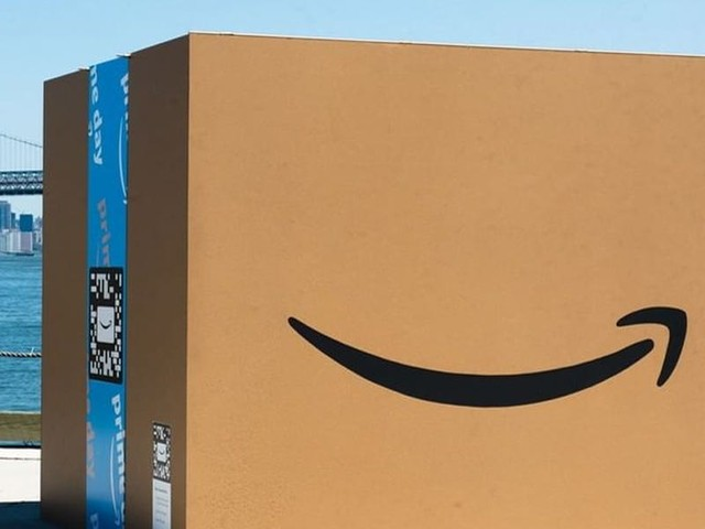Amazon Prime Rewards Visa Signature card review: Prime members earn 5% cash back on Amazon and Whole Foods purchases with no annual fee