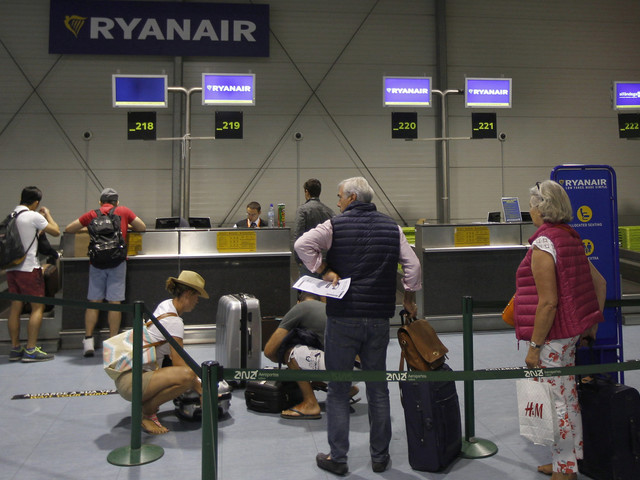 5 Passengers Share Their Holiday Nightmares Caused By Ryanair Cancellations