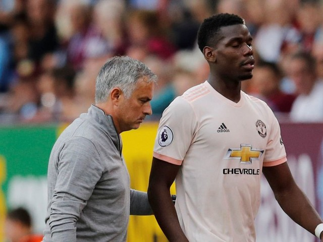 Jose Mourinho receives Manchester United backing after strong treatment of Paul Pogba over captaincy