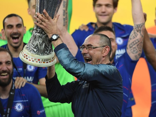 Maurizio Sarri sidelined with pneumonia, receiving 'specific therapy'