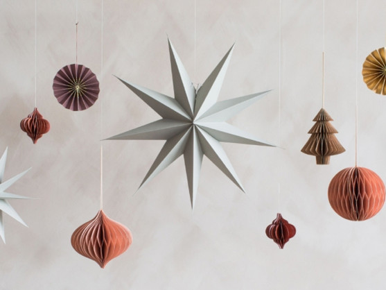 How to do Christmas decorations the scandi way