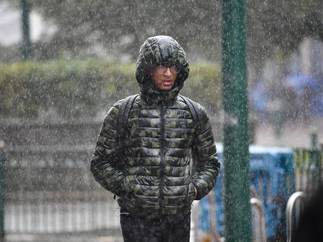 UK weather forecast: Met Office issues rain warnings ahead of wet and windy weekend
