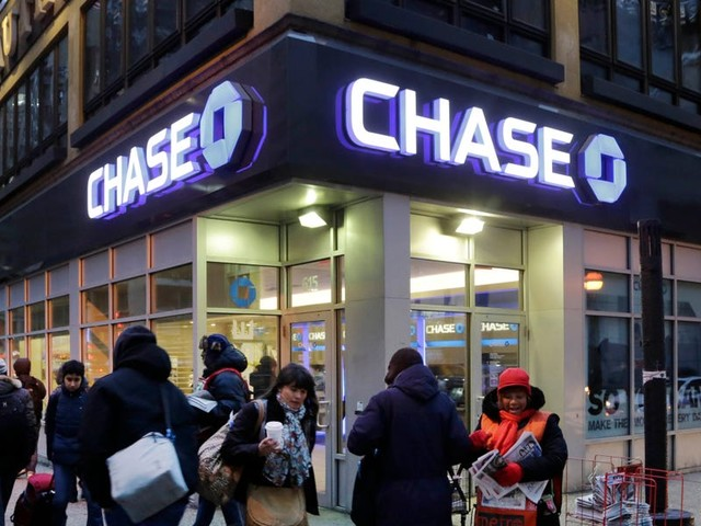 JPMorgan Chase is hiring engineers in Ohio to roll out a new cloud-based approach for its $2.2 trillion deposit system