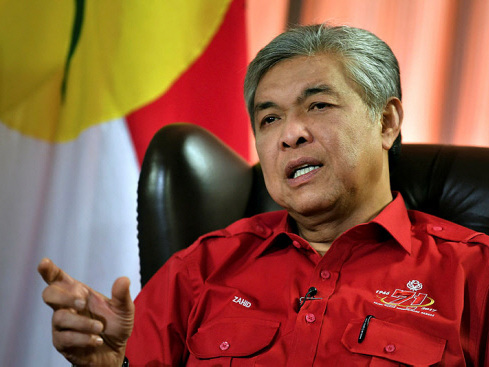 Wrest Selangor, then think about MB's post: DPM Zahid