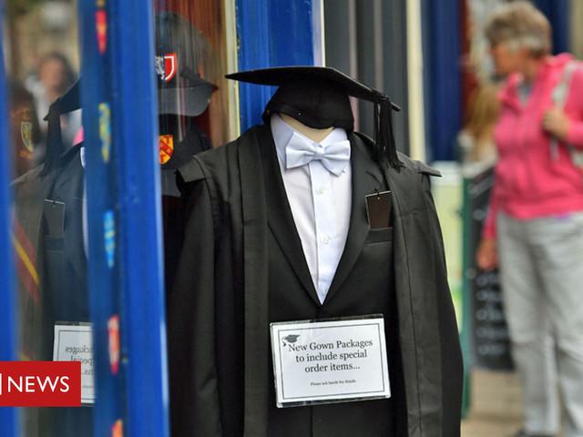 Oxbridge 'over-recruits from eight schools'
