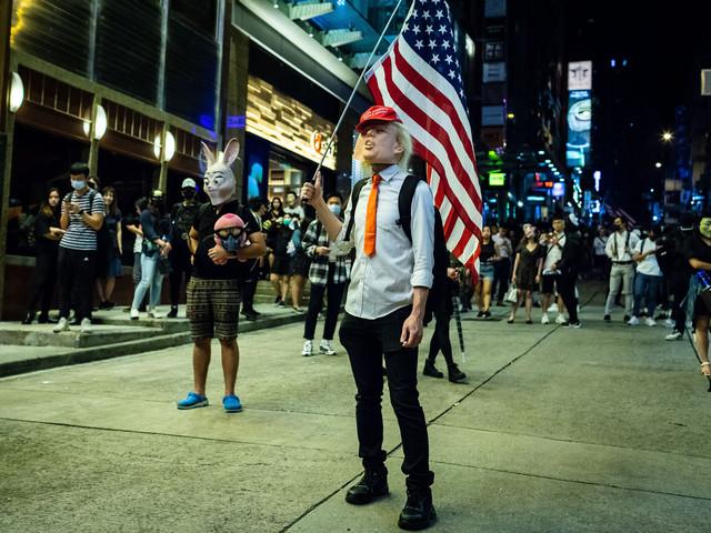 China and US on 'edge of precipice' over Hong Kong rights bill