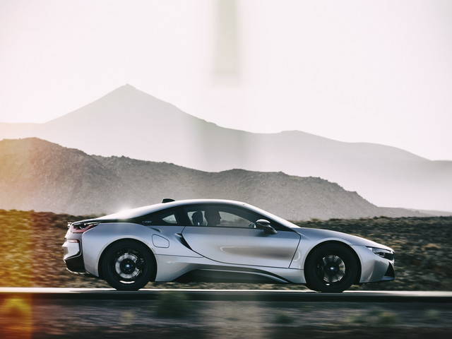Rumor: BMW i8 will get a successor, aside from the Vision M Next
