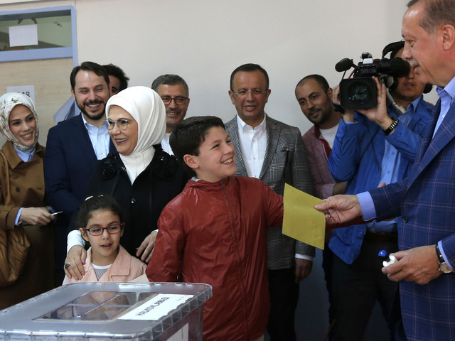 Turkey Vote In Historic Referendum That Could Grant Erdogan Sweeping Powers