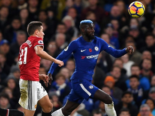 Chelsea vs. Manchester United, Premier League: Half-time report