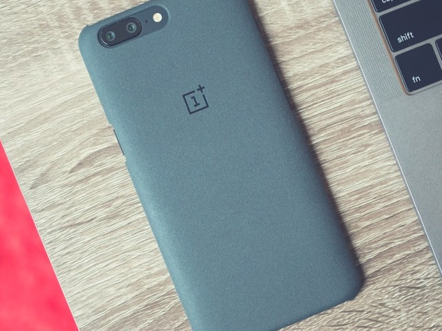 This is what you'll be getting with the new OnePlus 5