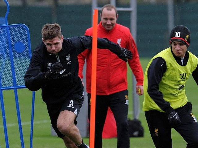"""Steven Gerrard reveals why he told Philippe Coutinho to """"stay away"""" from him during Liverpool training"""
