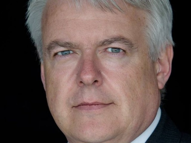 Tory/DUP deal an outrageous straight bung, Carwyn Jones says