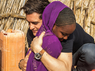 Orlando Bloom Meets Children And Families Affected By Boko Haram On Niger Trip