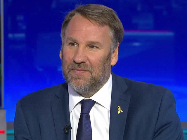 Paul Merson gives his prediction for Man City v Tottenham
