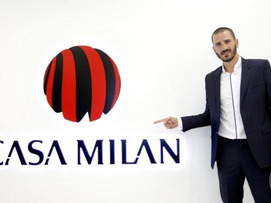 Serie A: Milan Fans Go Wild As Leonardo Bonucci Arrives Ahead Of Shock £35m Move From Juventus (Photos & Video)