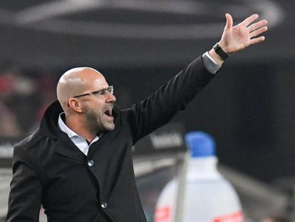 Dire Dortmund results pain boss Bosz