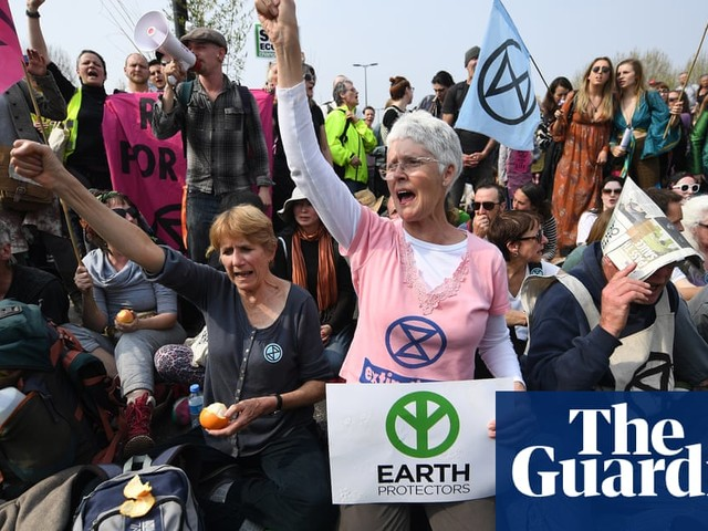 Battle of Waterloo Bridge: a week of Extinction Rebellion protests