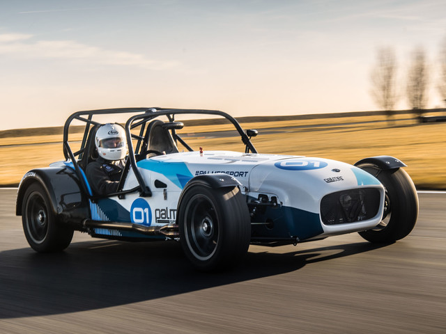 Behind the wheel of the ultimate Caterham track car