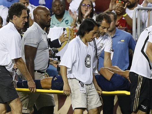 Marco Asensio appears to suffer serious knee injury in Real Madrid's clash with Arsenal