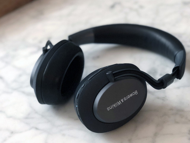 The Bowers & Wilkins PX headphones offer big sound at a high price
