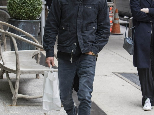 Justin Theroux & Jennifer split after Cabo vacay, he has been living in NYC for months