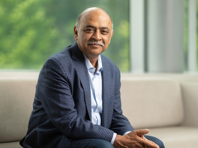 IBM's cloud boss reveals the game plan for its $34 billion Red Hat acquisition, and says it'll give it 'massive reach' in a $1.2 trillion cloud market (IBM)