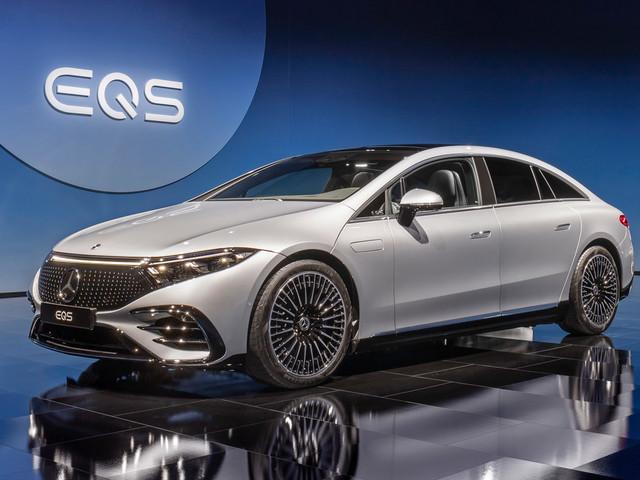 2021 Mercedes-Benz EQS hits UK dealerships at £99,995