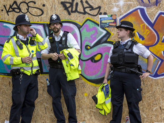 So Just How Would Those Who Criticise The Met And Its Officers Police Carnival?