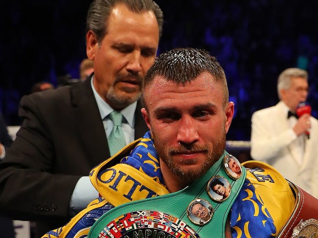 Lomachenko adds another title with dominant win over Campbell