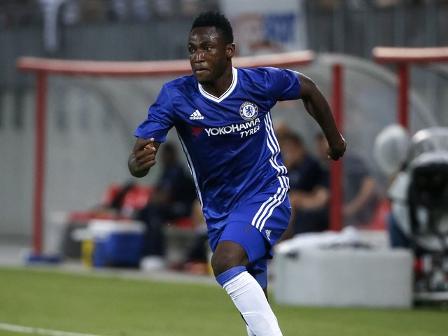 Schalke 04, Chelsea in discussions over Baba Rahman