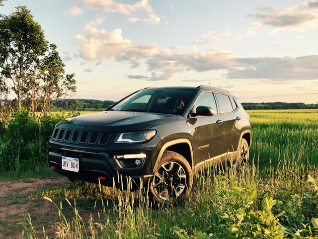 2017 Jeep Compass Trailhawk Review – In a World Gone Mad for Crossover Cars, a Crossover That Wants to Be an SUV