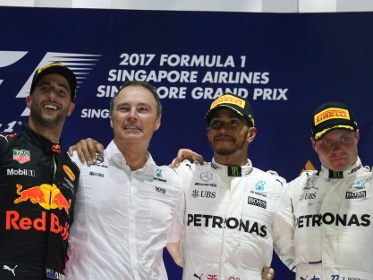 Lewis Hamilton wins Singapore F1 GP as both Ferraris crash out in chaotic opening lap