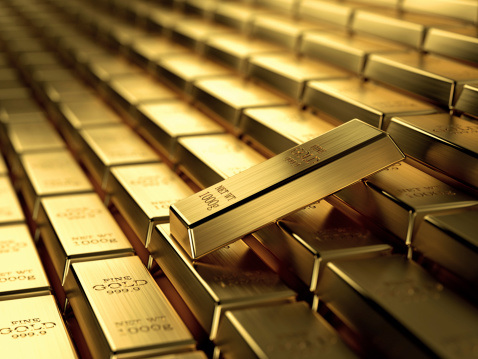 Gold Waits For Fed Meeting Minutes