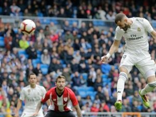 Benzema scores hat trick for Madrid in 3-0 win over Athletic